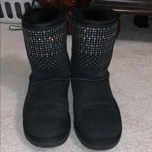 *GENTLY WORN* Ugg bling boots